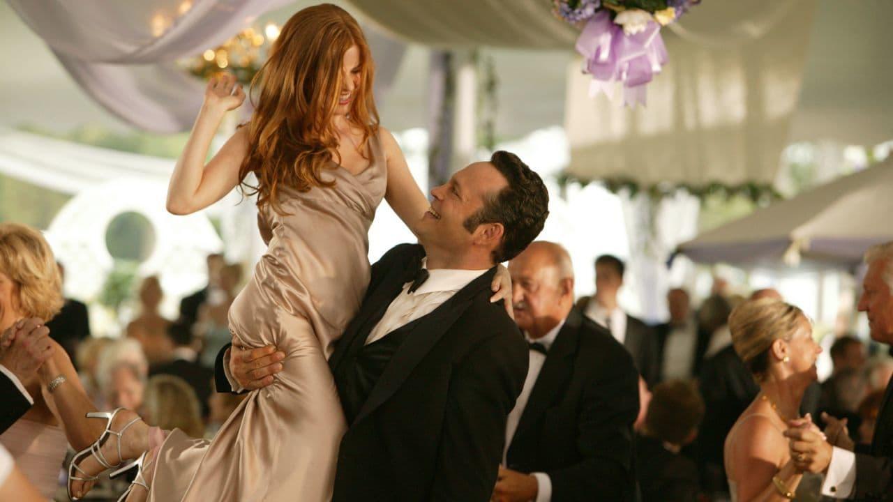 Isla Fisher è pronta per il sequel di 2 Single a Nozze thumbnail