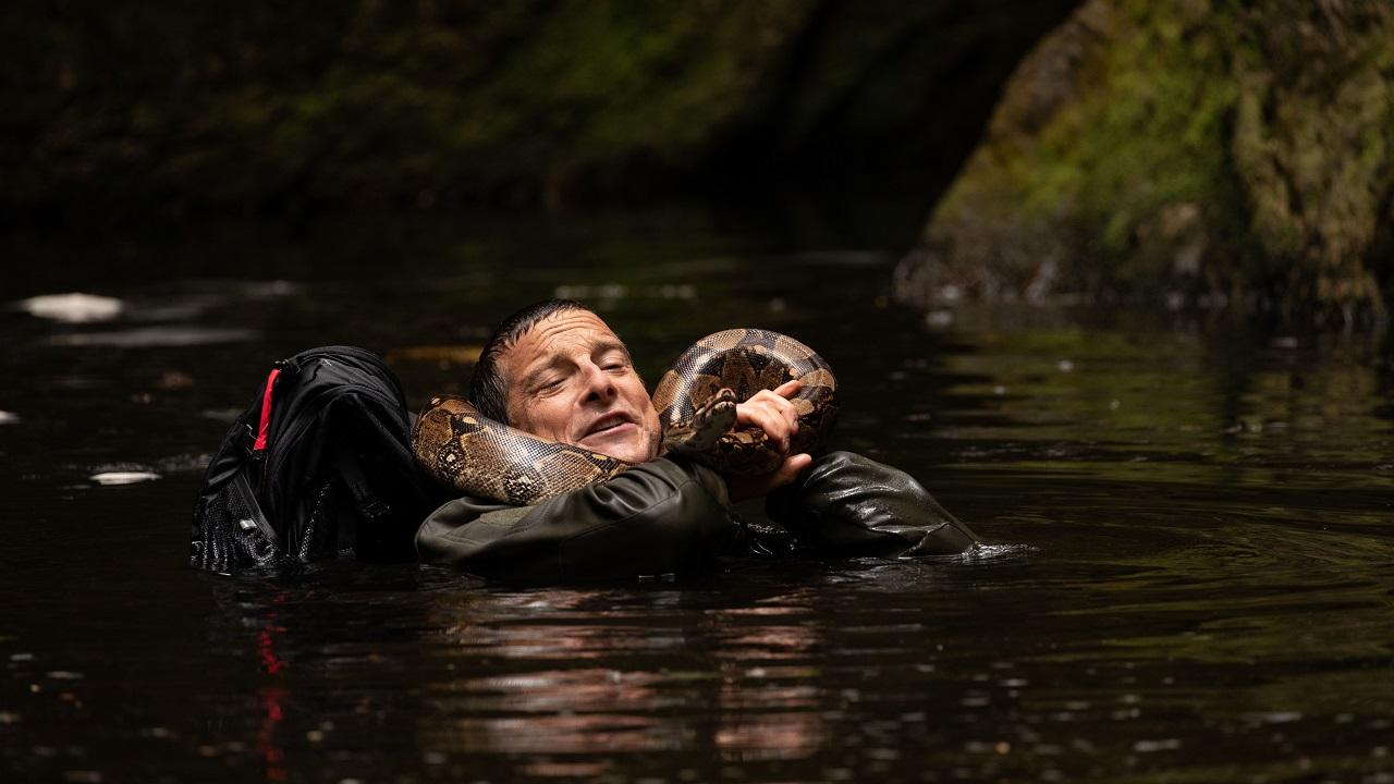 Netflix pubblica il trailer del nuovo film interattivo con Bear Grylls thumbnail