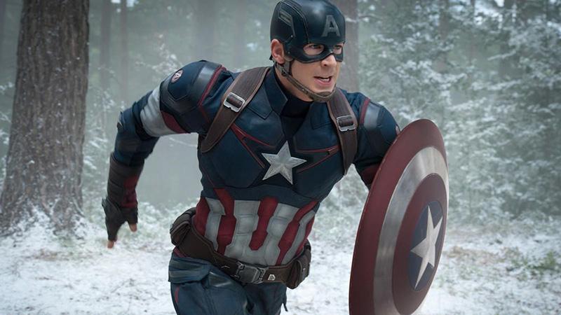chris evans vestito da captain america