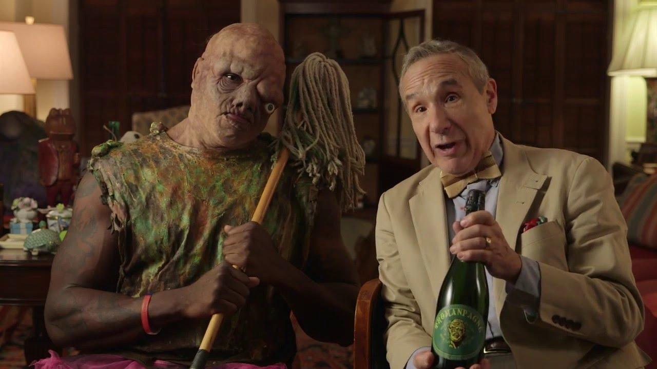 Lloyd Kaufman loda la sceneggiatura del remake di The Toxic Avenger thumbnail