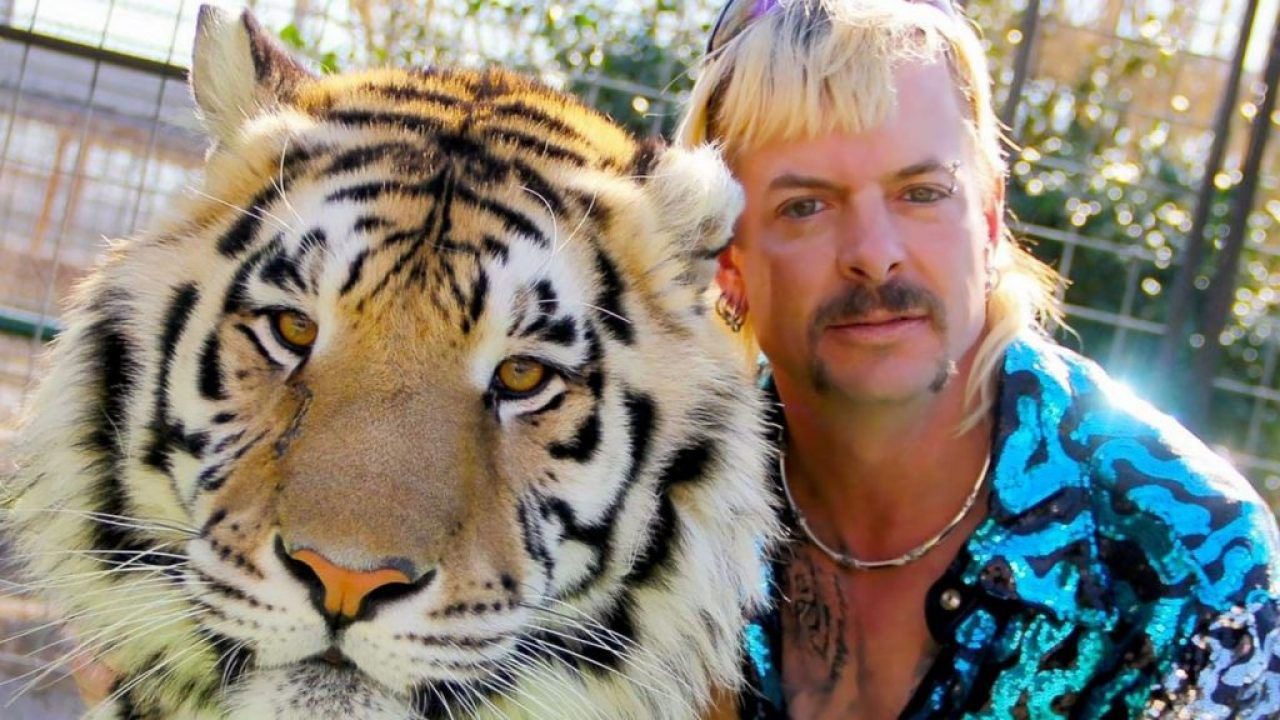 Niente perdono presidenziale per Joe Exotic, star di Tiger King thumbnail