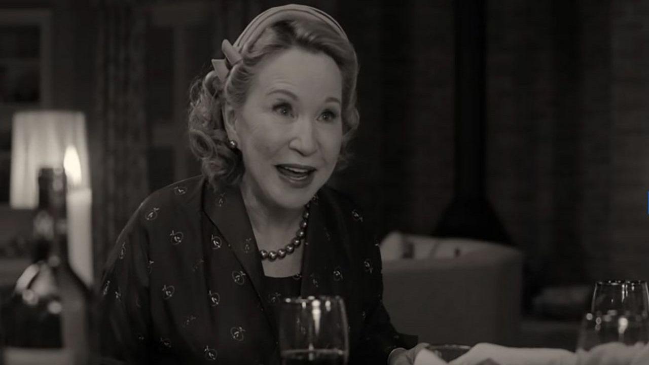 WandaVision, Debra Jo Rupp ha accettato il ruolo per via di suo nipote thumbnail