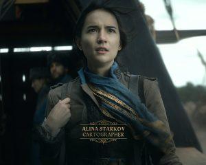Jessie Mei Li nei panni di Alina Starkov, personaggio del libri che adattati in Shadow and Bone