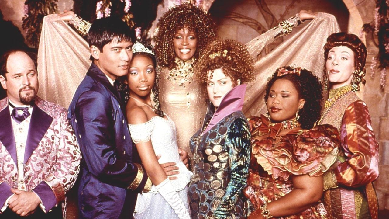 Cenerentola con Whitney Houston e Whoopi Goldberg arriva su Disney+ thumbnail
