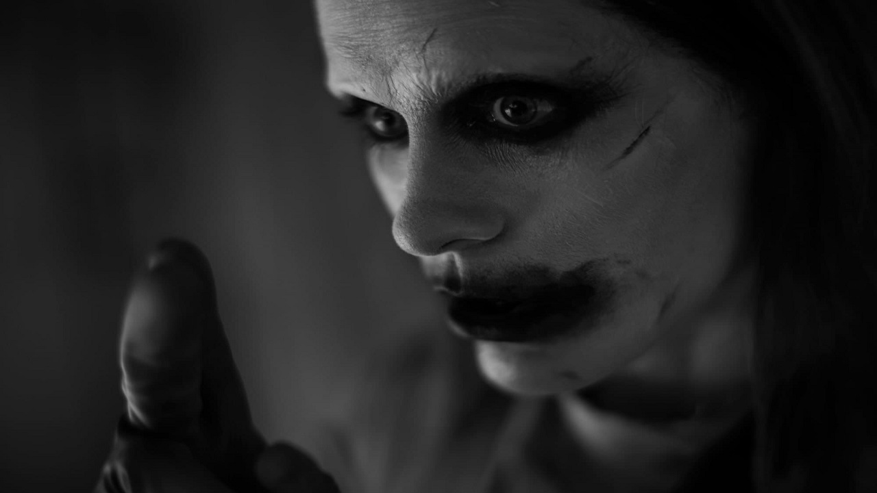 Joker senza tatuaggi nella Snyder Cut, perché? Le parole del regista thumbnail