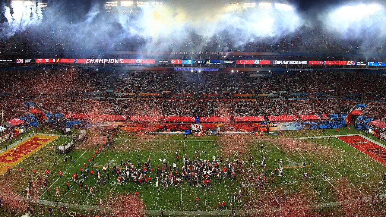 Dove si va dopo aver vinto il Super Bowl? A Disney World! thumbnail