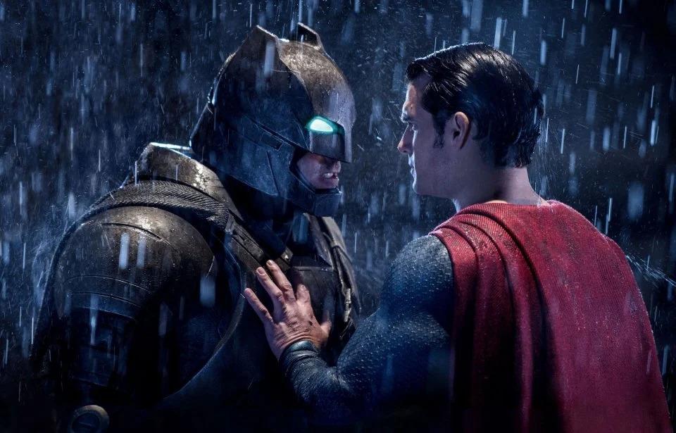 Batman VS Superman, le offerte DVD di Amazon