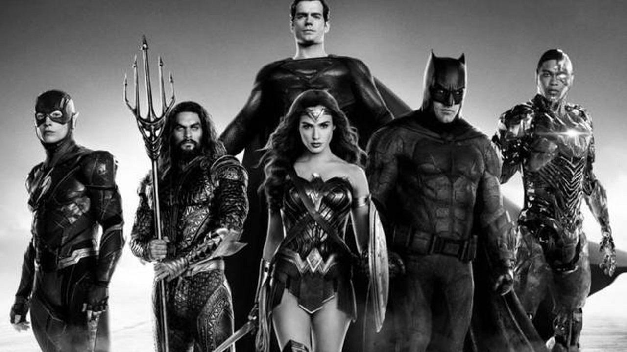 Justice League: lo sceneggiatore voleva rimuovere il proprio nome thumbnail
