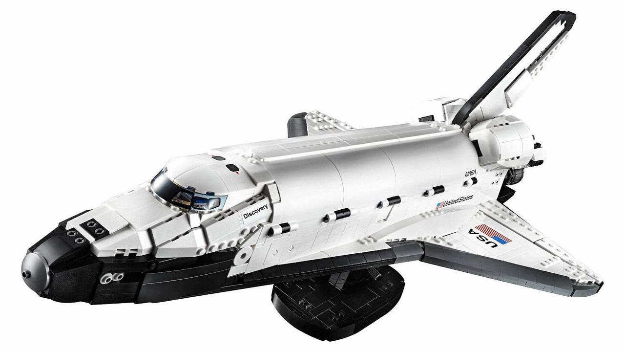 LEGO annuncia un nuovo space shuttle, più preciso e grande che mai thumbnail