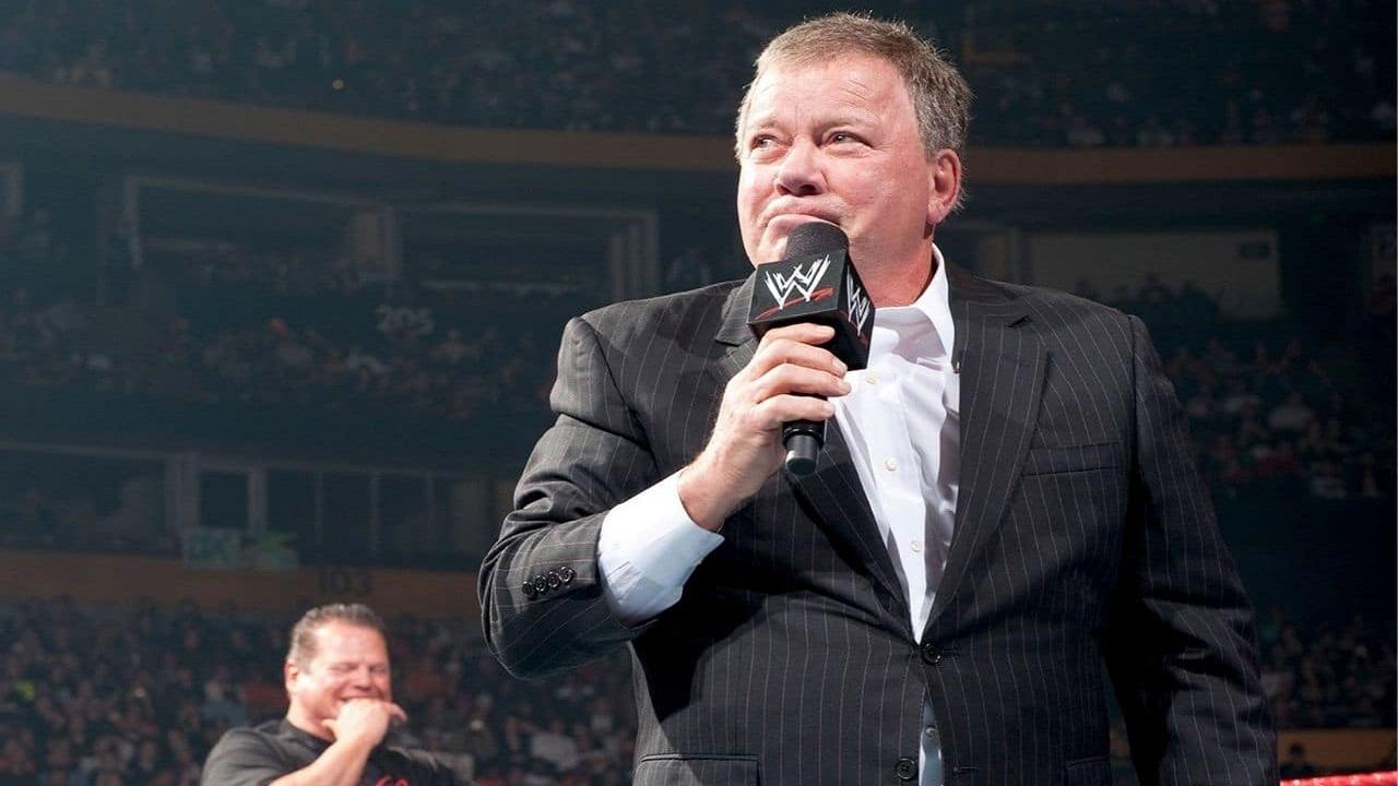 William Shatner entra nella Hall of Fame della WWE thumbnail