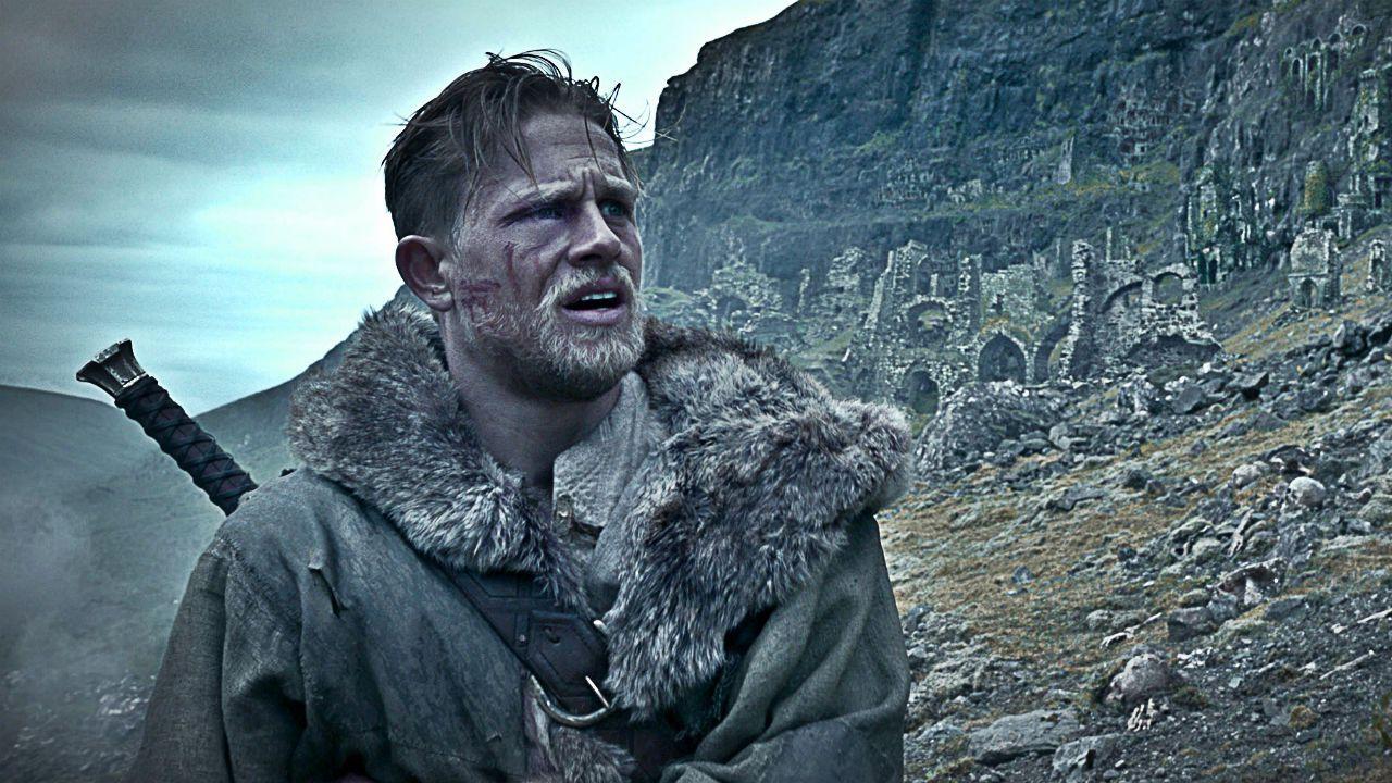 King Arthur - Il potere della spada: che fine hanno fatto i sei film previsti? thumbnail