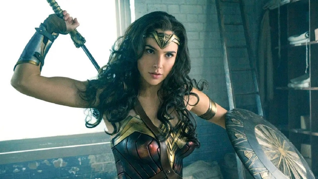 Gal Gadot conferma le minacce di Joss Whedon sul set di Justice League thumbnail