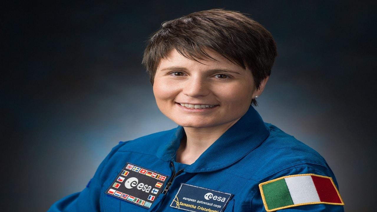 Samantha Cristoforetti prima donna europea al comando della Stazione spaziale thumbnail