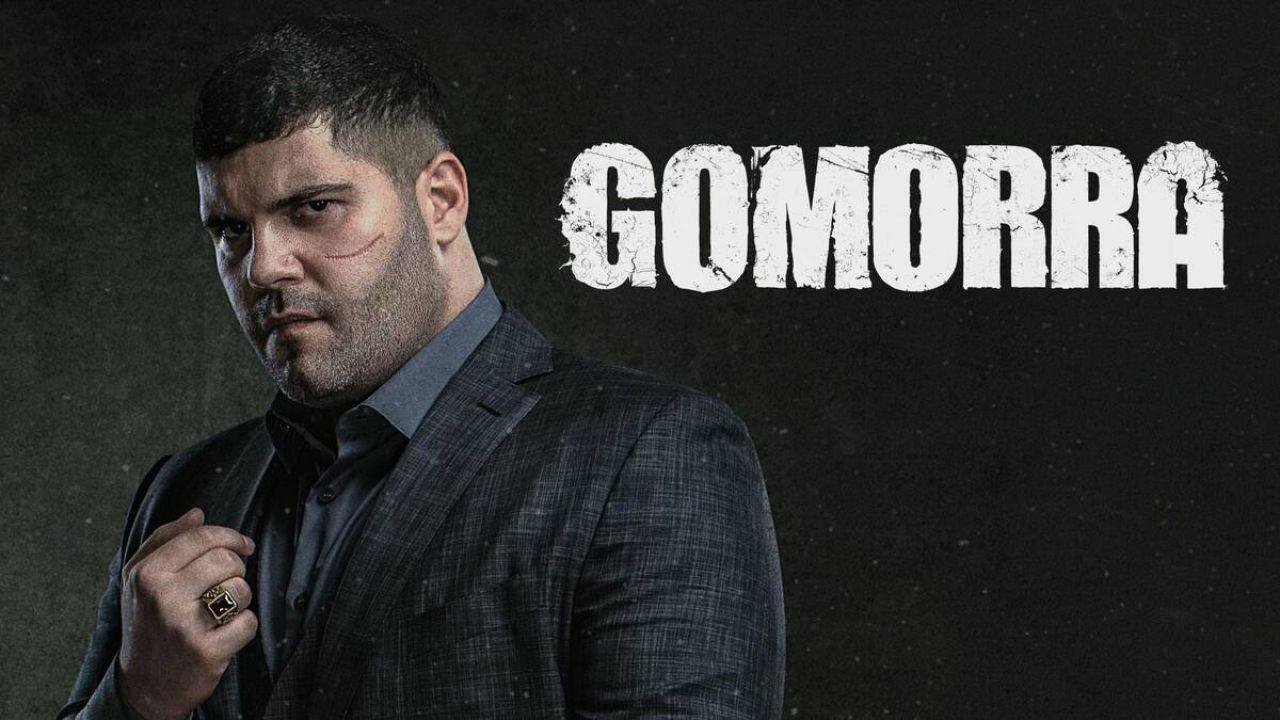 Gomorra: Salvatore Esposito dice addio a Genny sui social thumbnail