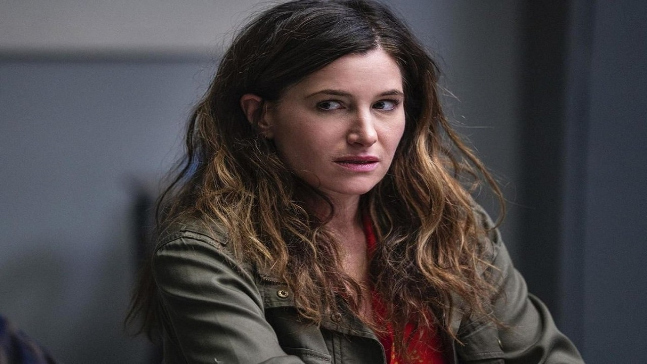 Kathryn Hahn entra nel cast di Knives Out 2 thumbnail