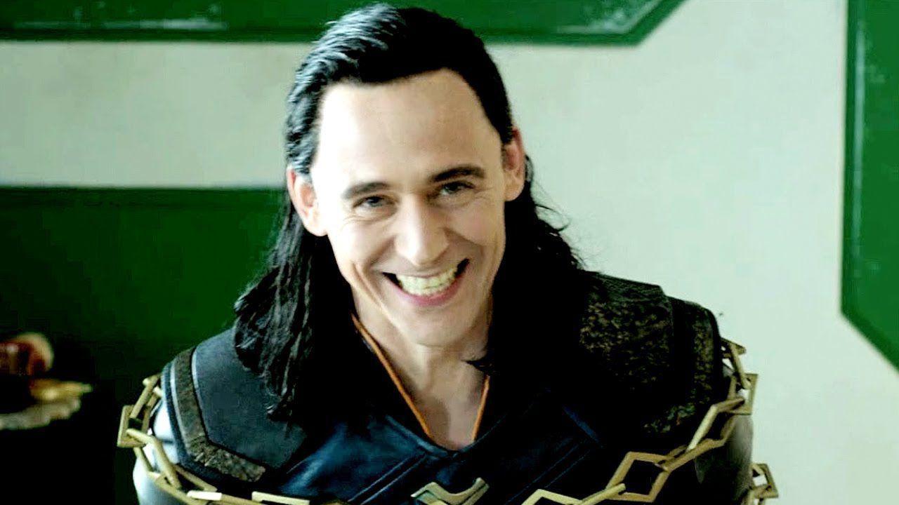 Tom Hiddleston spiega la storia di Loki in 30 secondi thumbnail