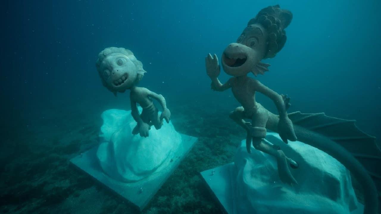 A Monterosso arrivano le statue subacquee ispirate a Luca e Alberto thumbnail