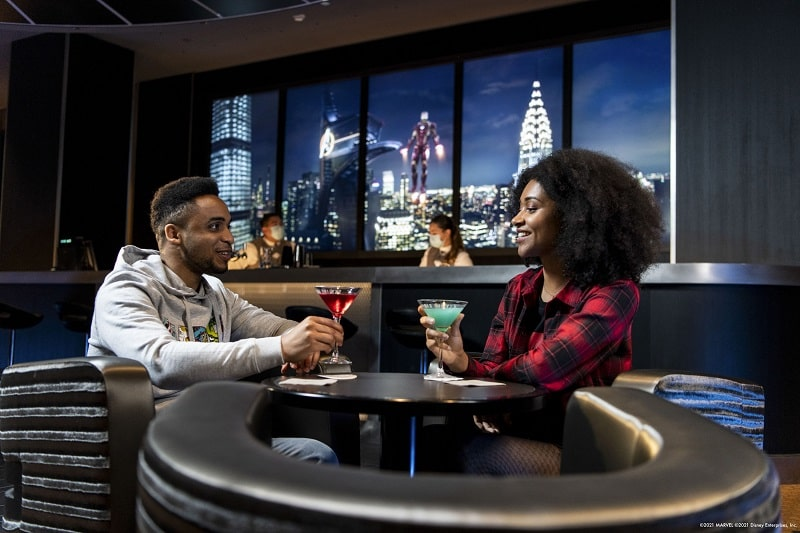 Skyline Bar hotel marvel new york disneyland paris-min