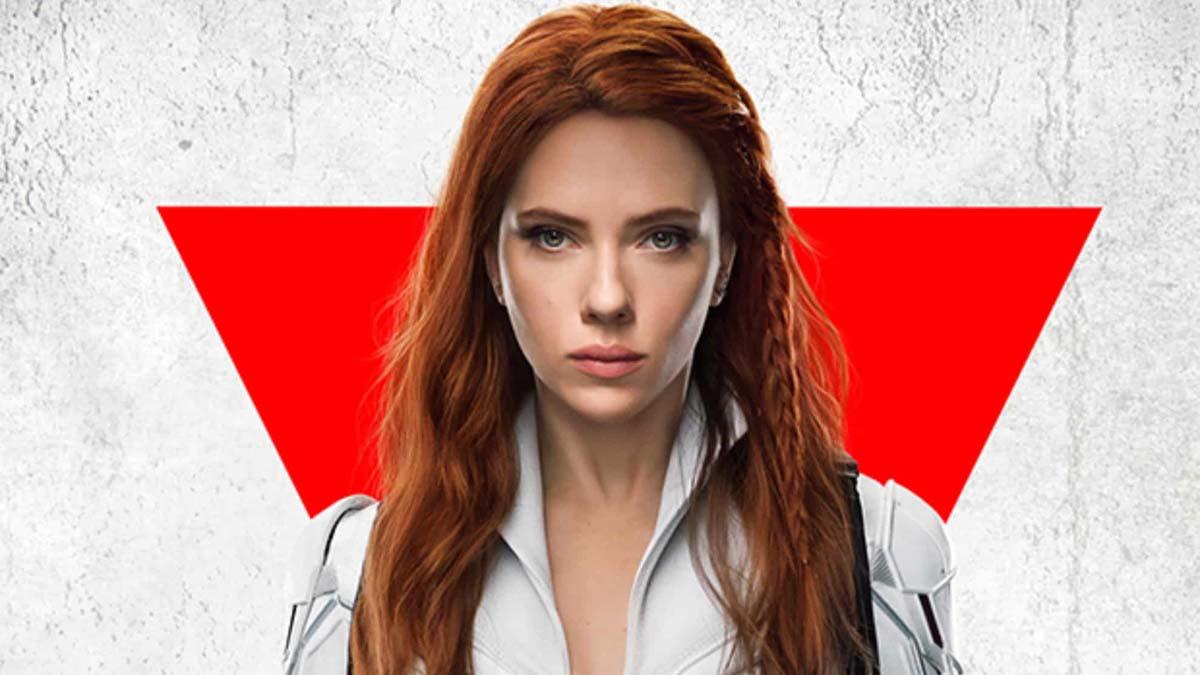 Scarlett Johansson querela Disney per la release in streaming di Black Widow thumbnail
