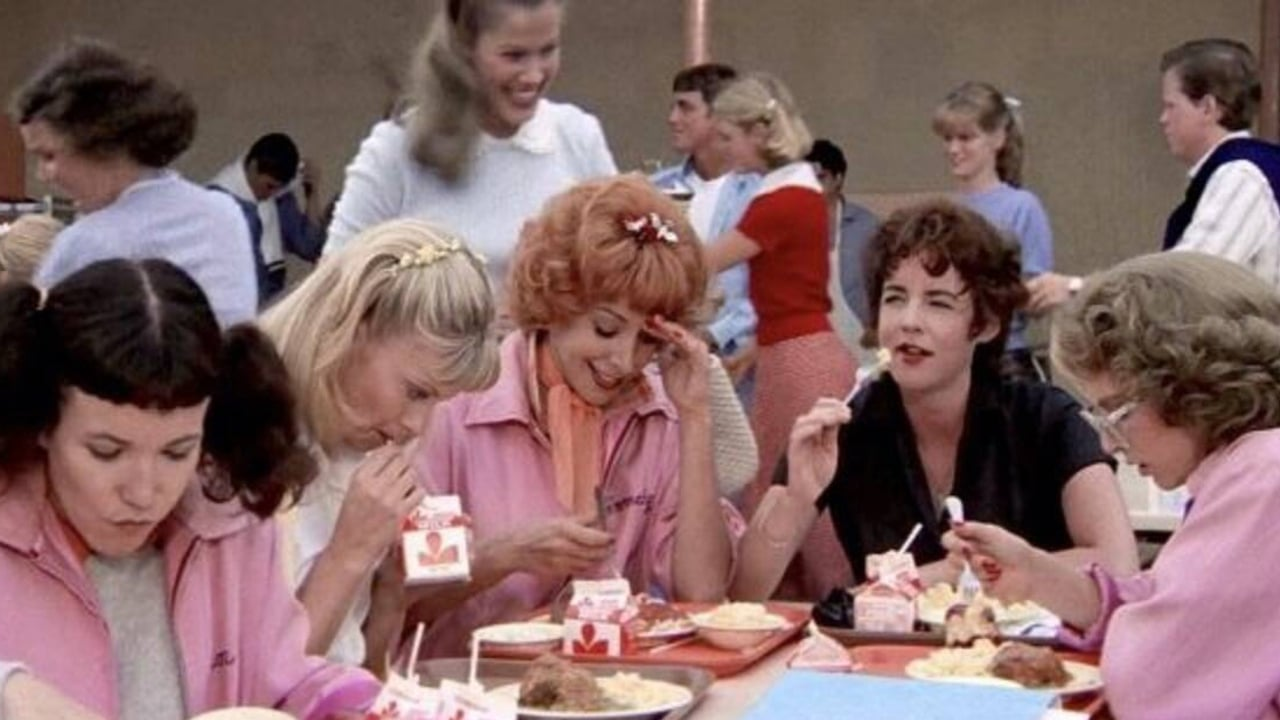 Grease, in arrivo una serie prequel per Paramount+ sulle Pink Ladies thumbnail