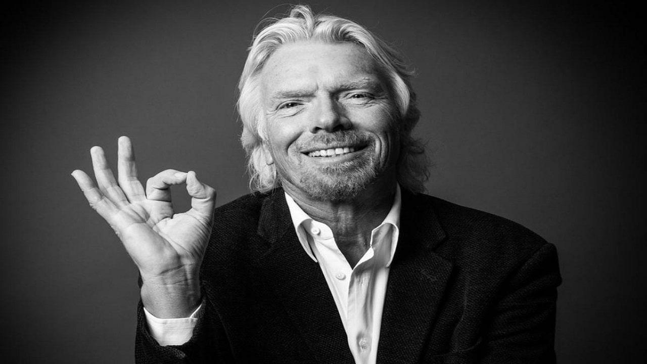 Richard Branson ha intenzione di anticipare Jeff Bezos in un viaggio nello spazio thumbnail