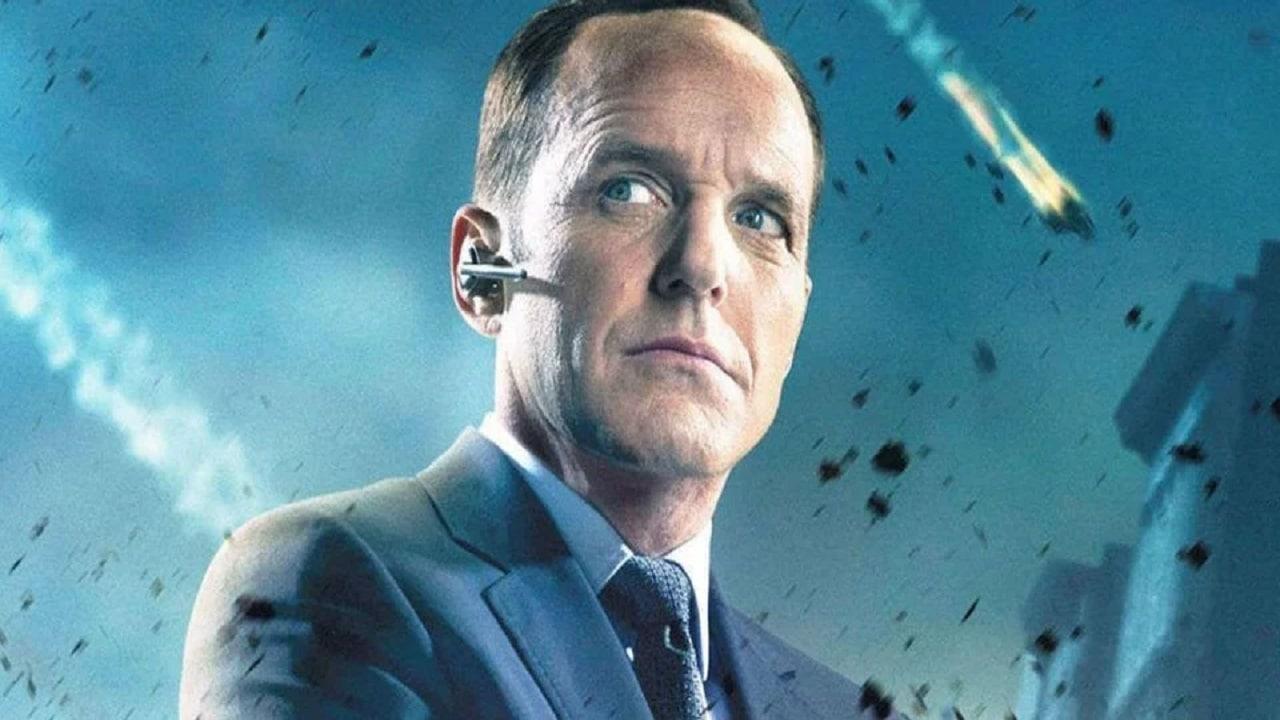 Clark Gregg smentisce la possibilità di un ritorno di Coulson (per ora) thumbnail