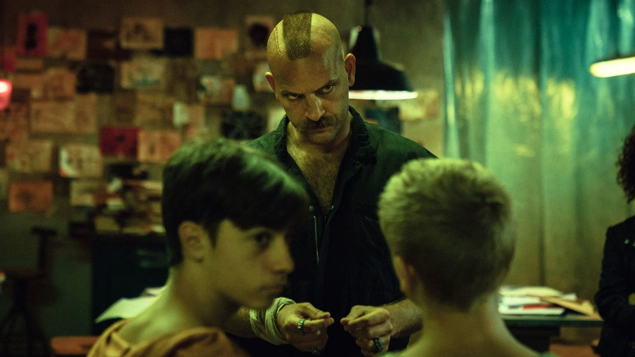 Mondocane: il trailer del film distopico con Alessandro Borghi thumbnail