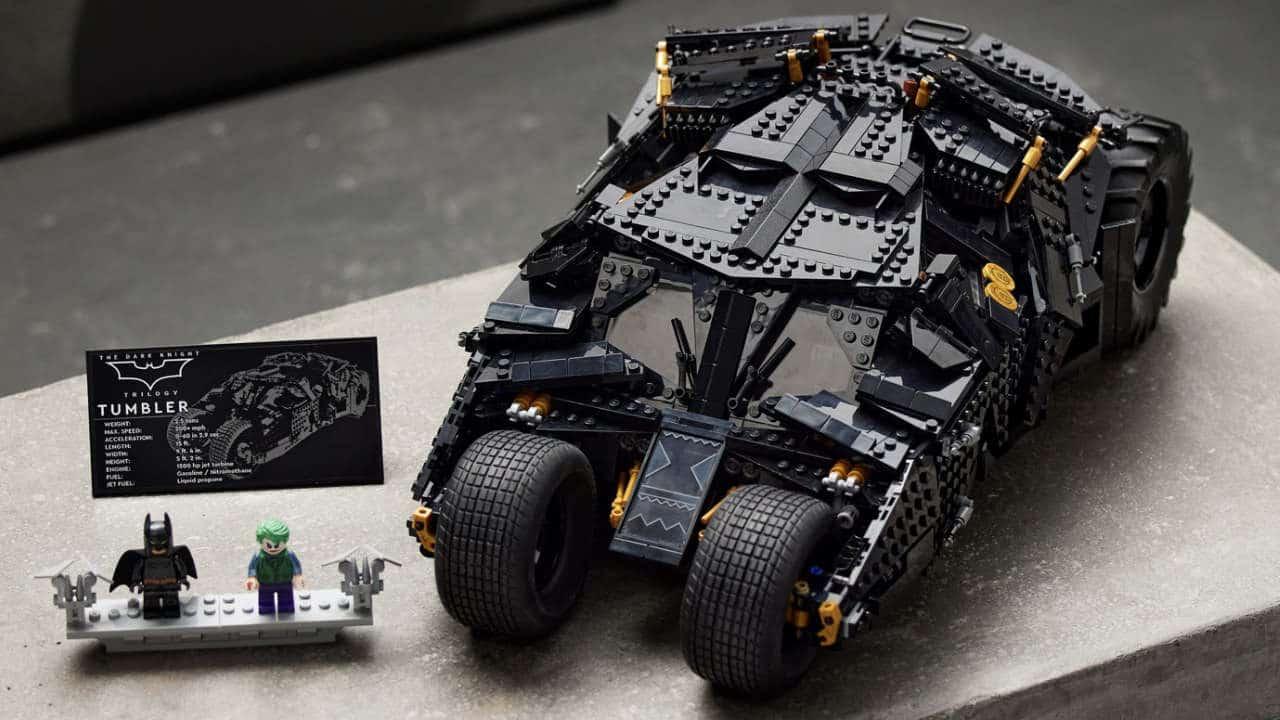 LEGO Tumbler, in arrivo il set della Batmobile del Cavaliere Oscuro thumbnail