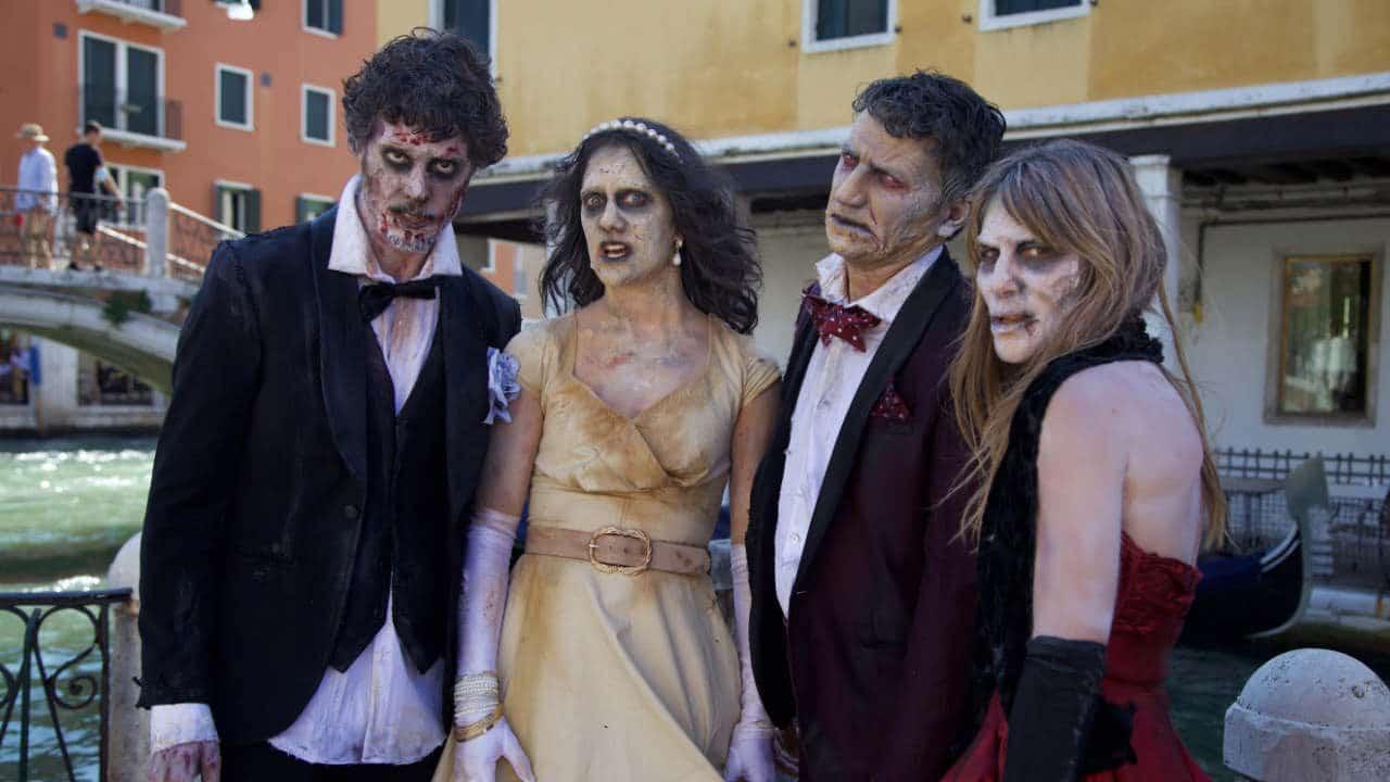 Gli Zombie di The Walking Dead sbarcano a Venezia thumbnail