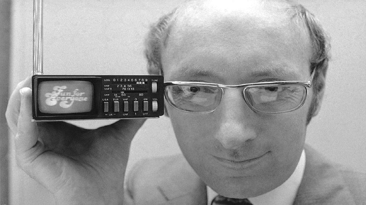 È morto Clive Sinclair, creatore dello ZX Spectrum thumbnail