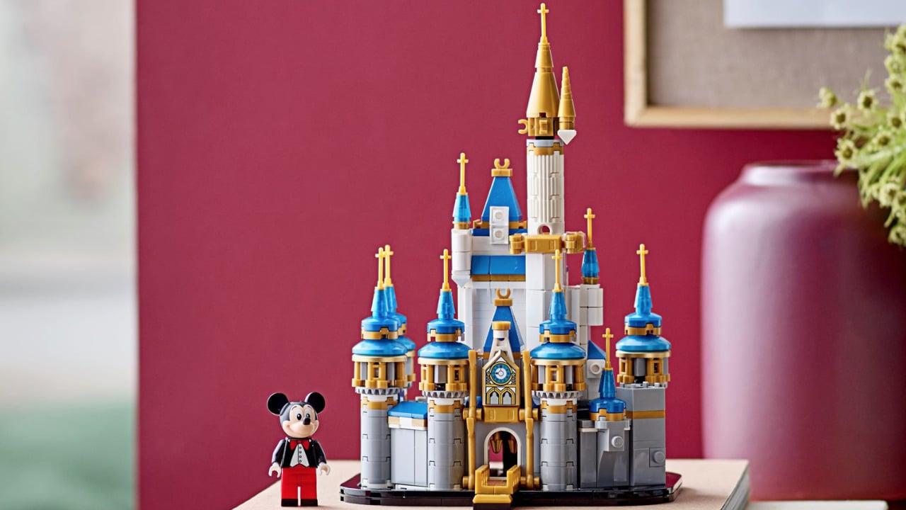 Il Mini castello Disney LEGO che ricrea l'iconico Castello di Cenerentola thumbnail