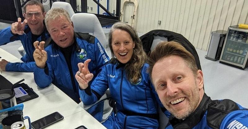 william shatner kirk nello spazio-min